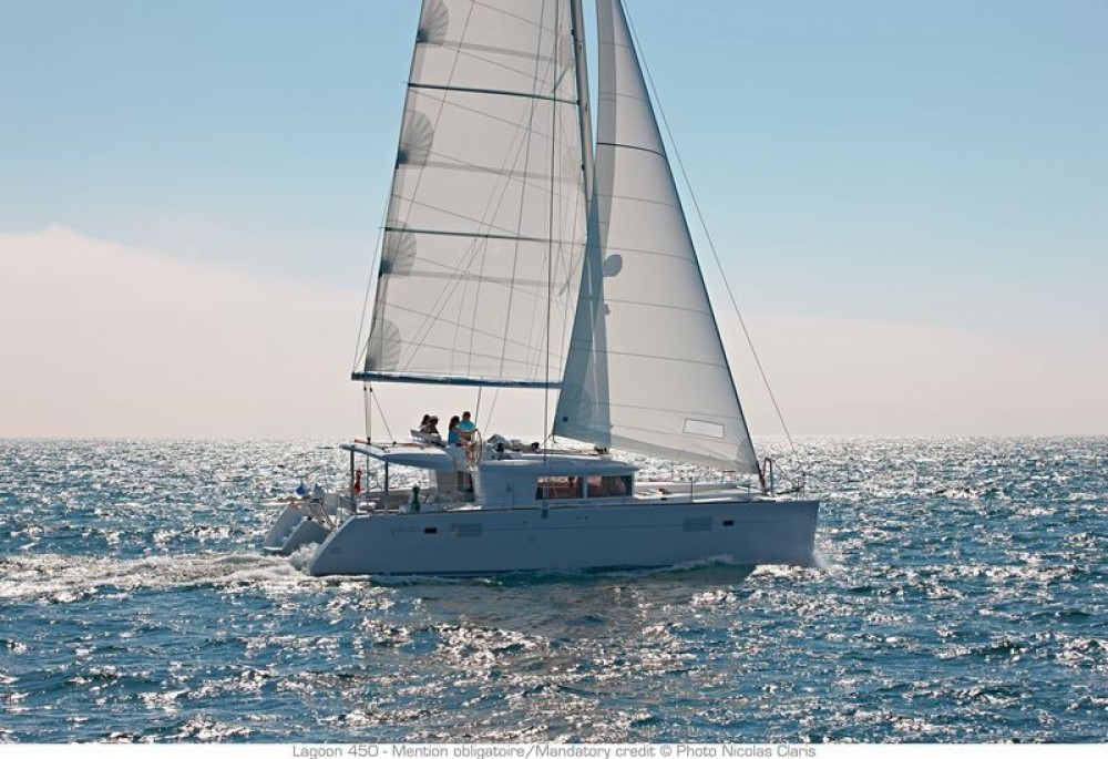 Boat rental Kalafationes cheap Lagoon 450