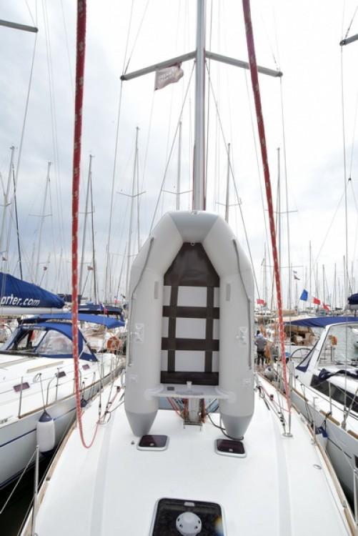 Rental Sailboat in Laurium - Bénéteau Oceanis 43