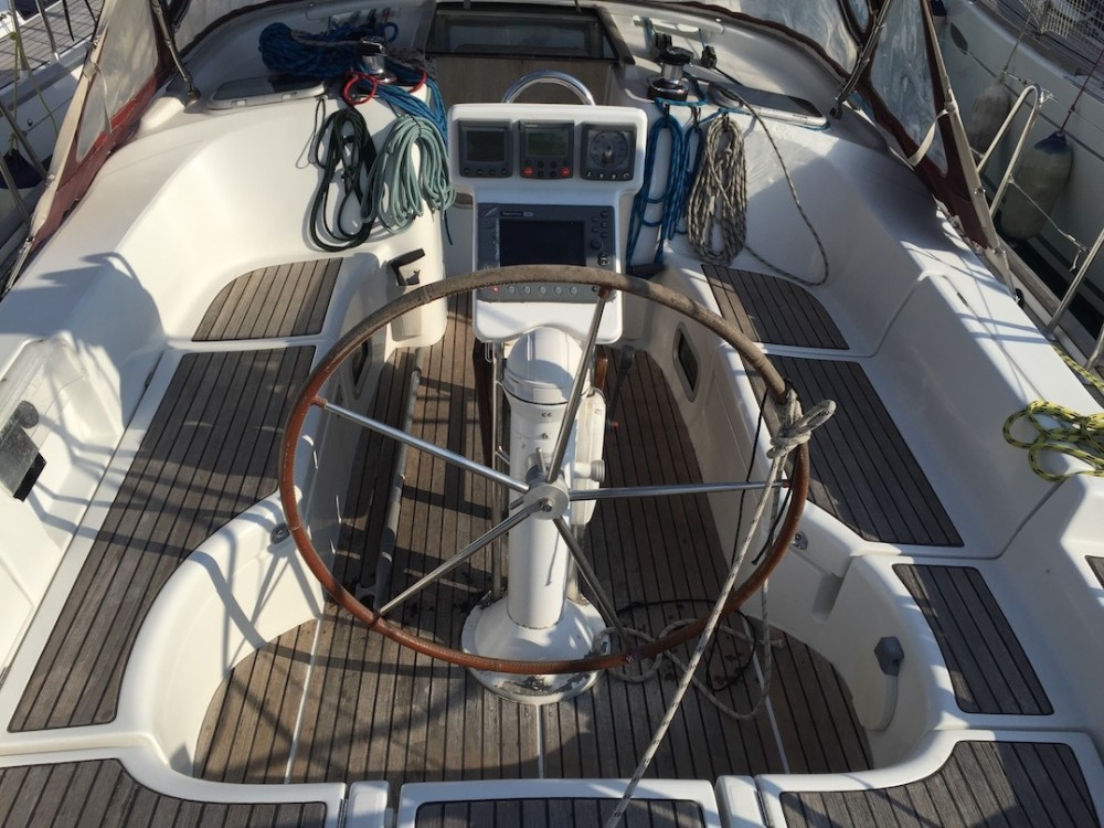 Hire Sailboat with or without skipper Bénéteau Sardinia