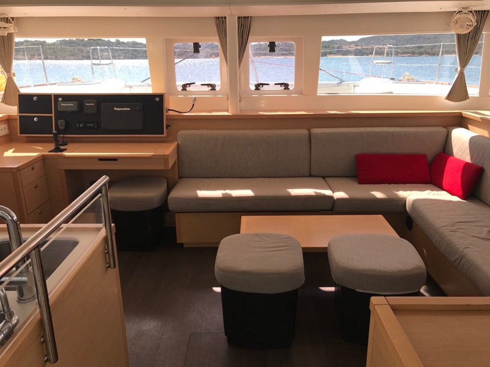 Catamaran for rent Rosignano Marittimo at the best price