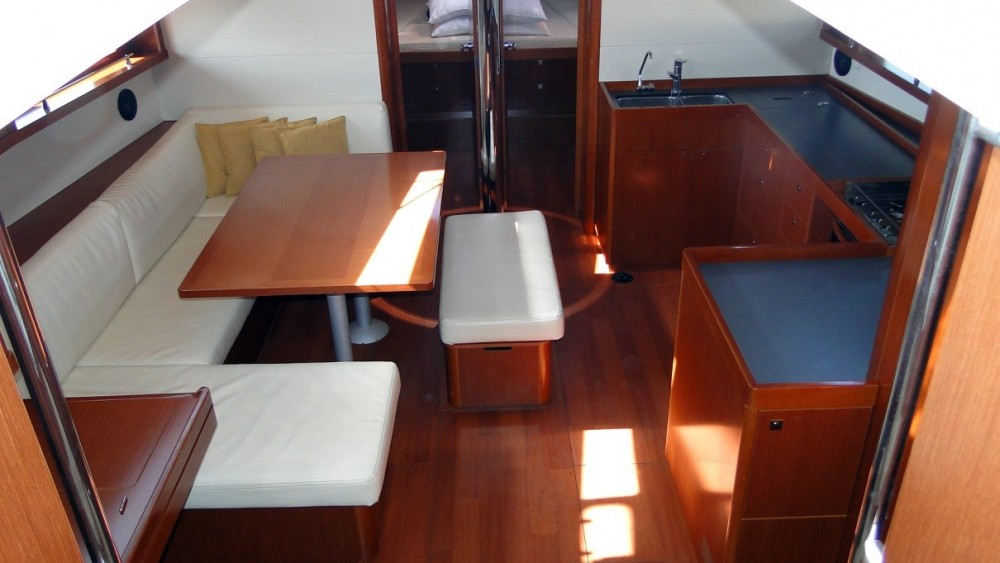 Rental yacht Rhodes - Bénéteau Oceanis 48 on SamBoat