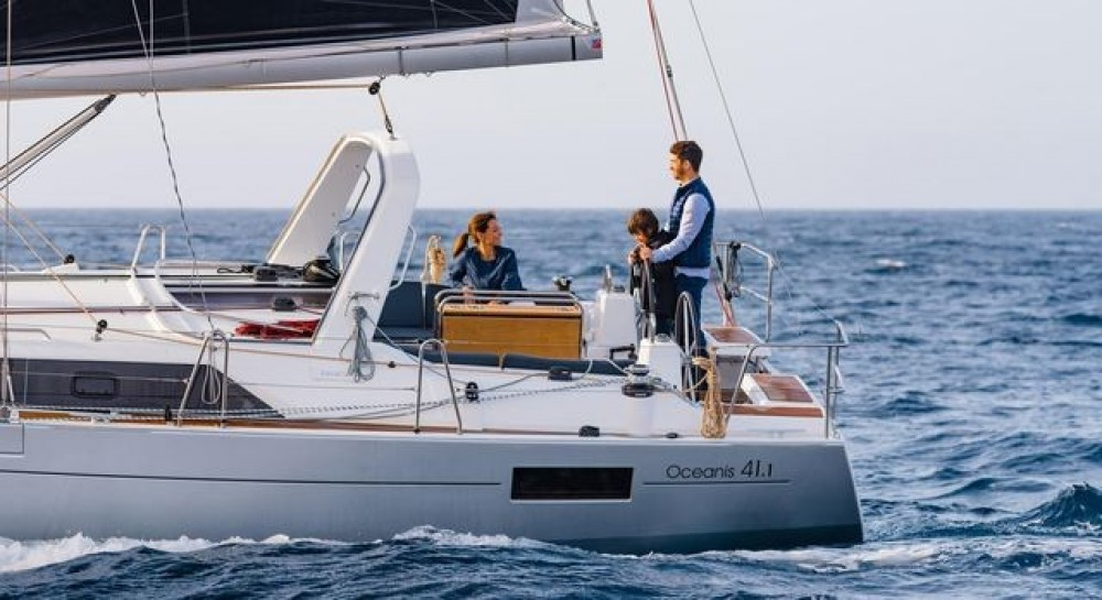 Boat rental Peloponnese, West Greece and Ionian Sea cheap Oceanis 411