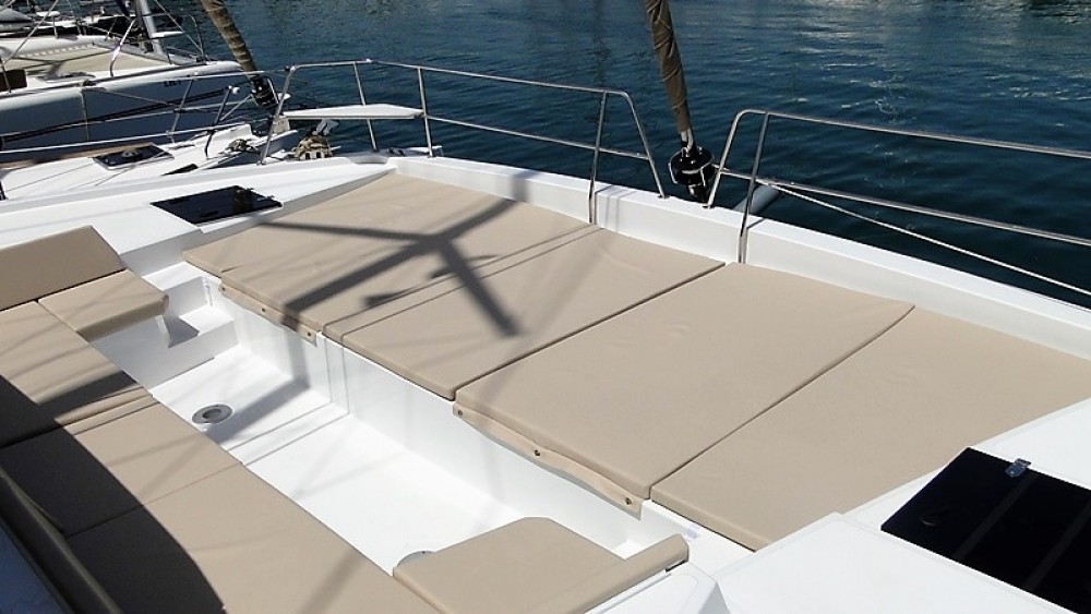 Hire Catamaran with or without skipper Catana Skiathos