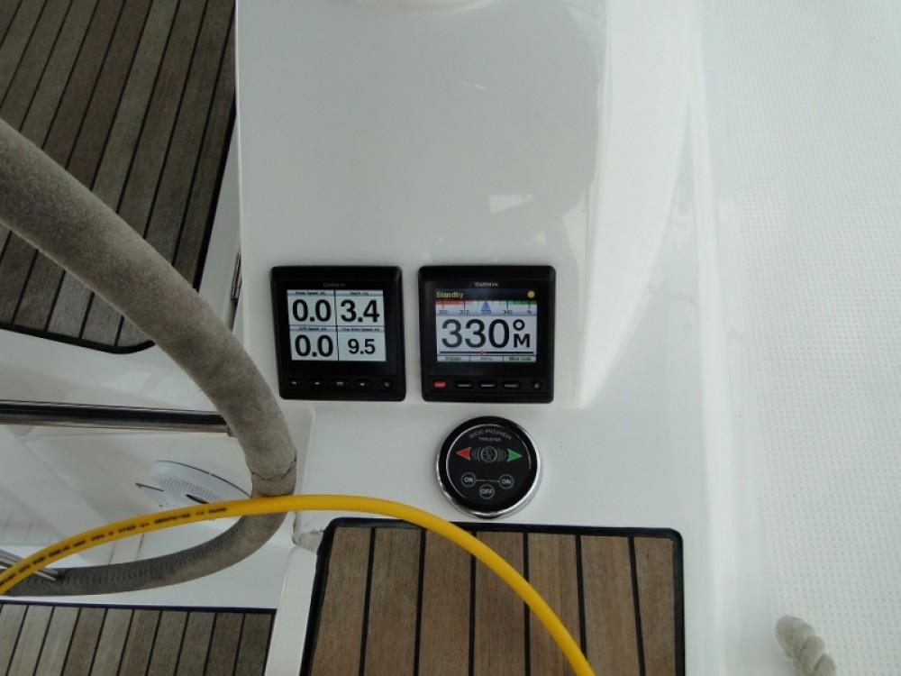 Rental Sailboat in Laurium - Bavaria Bavaria Cruiser 46