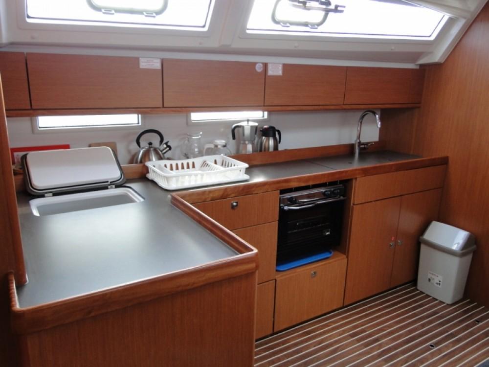 Rent a Bavaria Bavaria Cruiser 46 Laurium