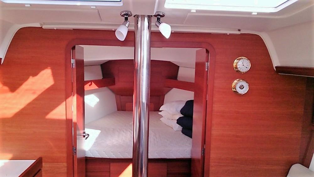 Boat rental Dufour Dufour 382 Grand Large in Corfu on Samboat
