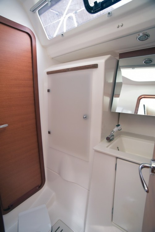 Rental yacht Athens - Dufour Dufour 450 Grand Large on SamBoat