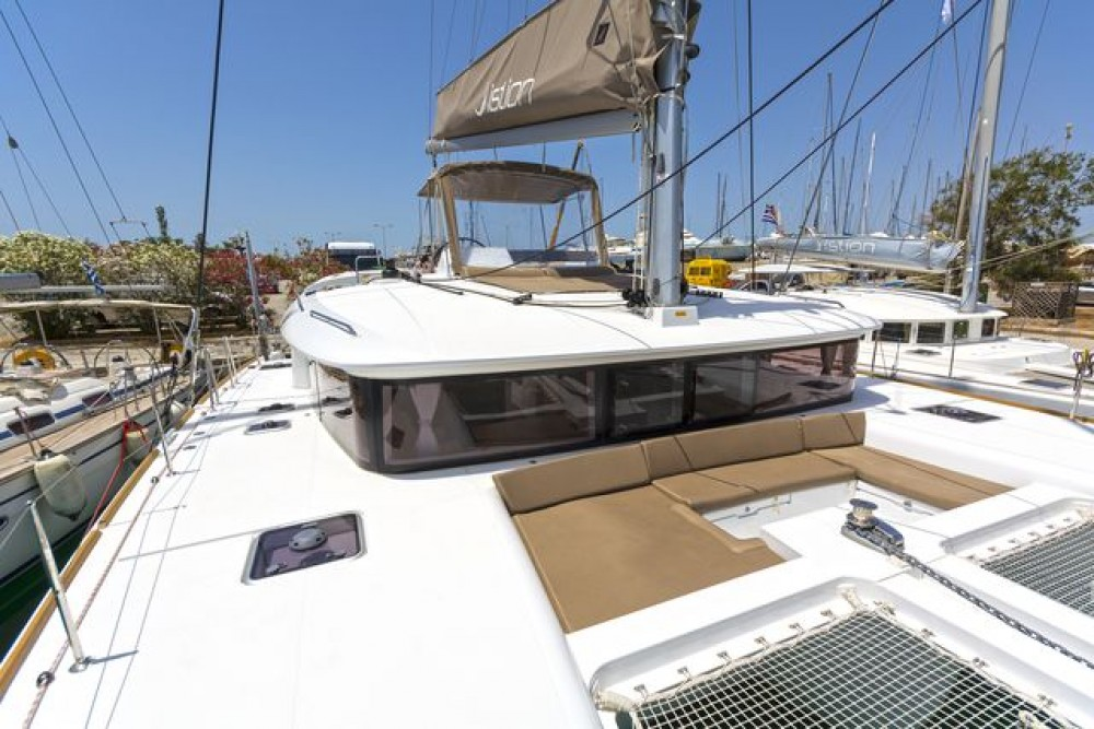 Boat rental Peloponnese, Western Greece and the Ionian cheap Lagoon 450 F