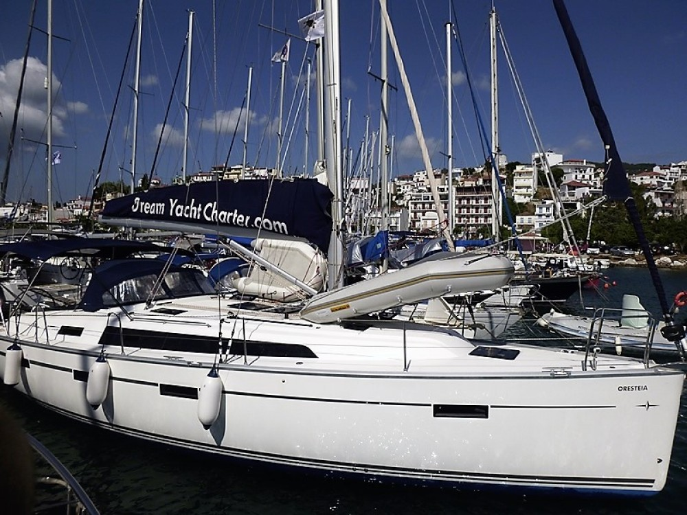 Boat rental Skiathos cheap Bavaria 41
