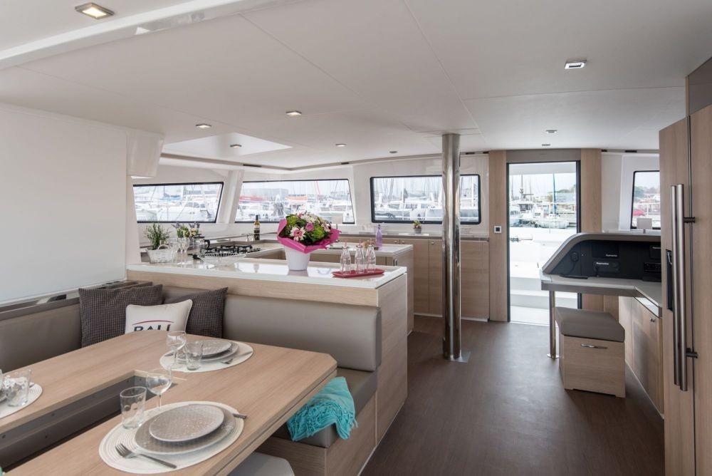 Boat rental Athens cheap Bal 5.4