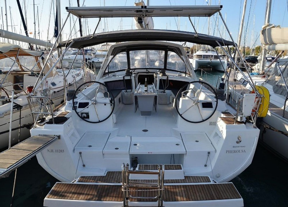 Boat rental Laurium cheap Oceanis 48