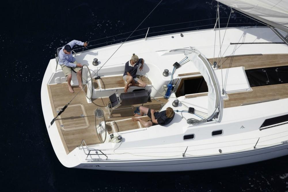 Boat rental  Hanse 430 in Aegean on Samboat