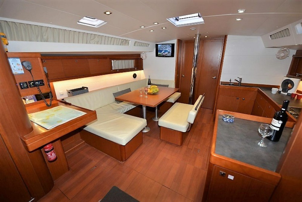 Rental yacht Laurium - Bénéteau Oceanis 48 on SamBoat