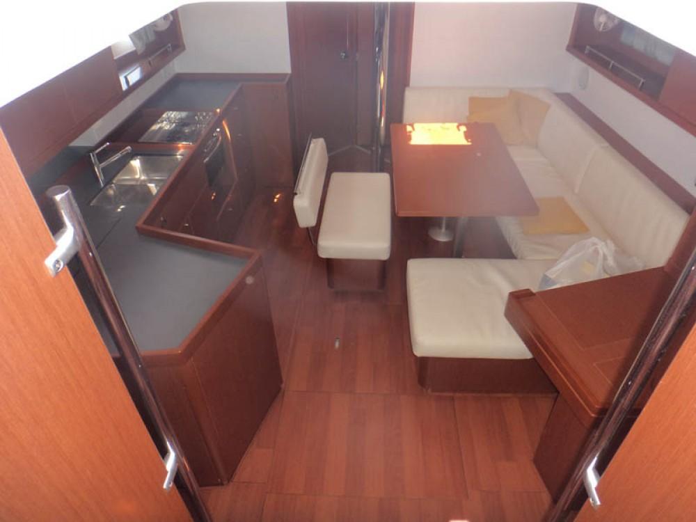 Rental yacht Greece - Bénéteau Oceanis 45 on SamBoat