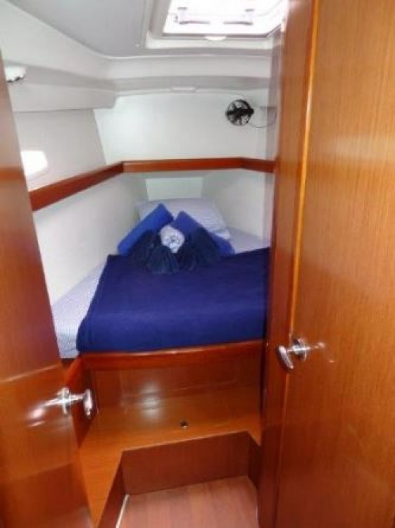 Hire Sailboat with or without skipper Bénéteau Peloponnese, Western Greece and the Ionian