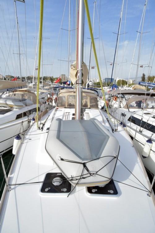 Boat rental Dufour Dufour 450 Grand Large in Skiathos on Samboat