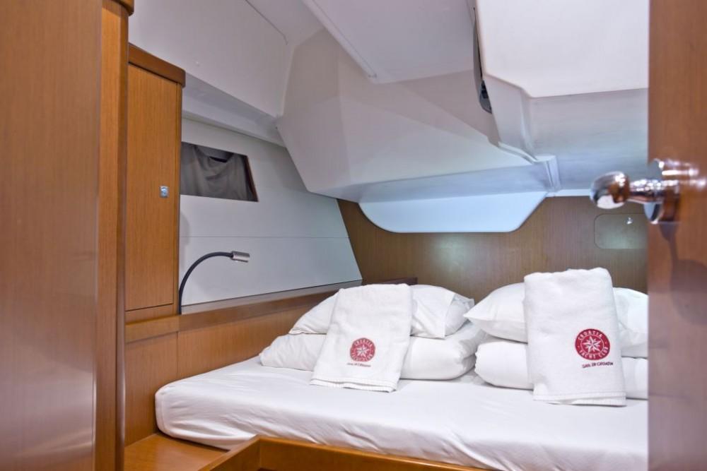 Rental yacht Trogir - Bénéteau Oceanis 48 on SamBoat