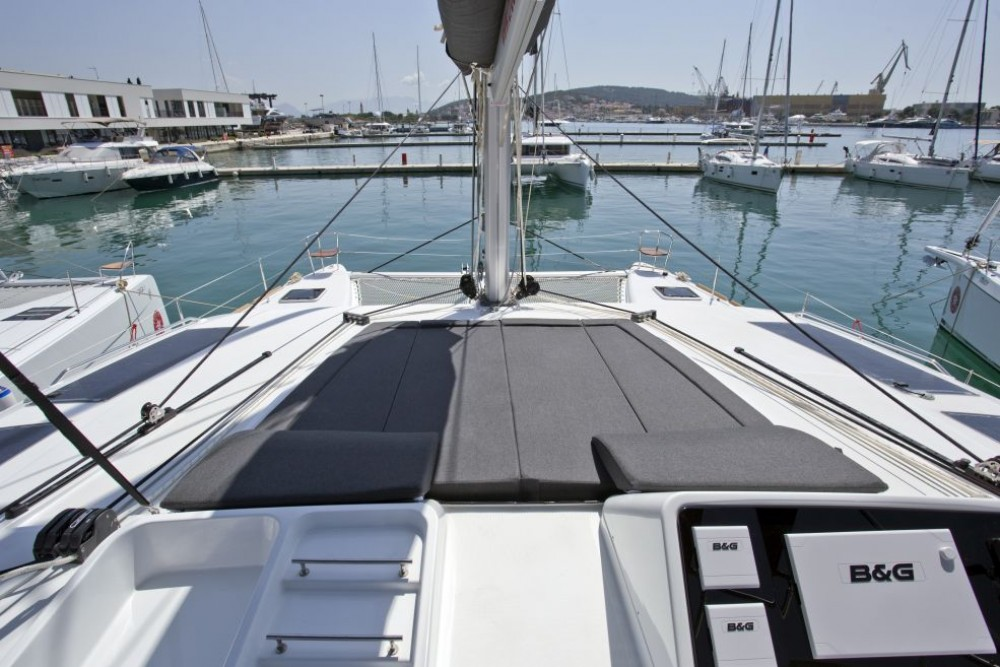 Boat rental Trogir cheap Lagoon 450 F