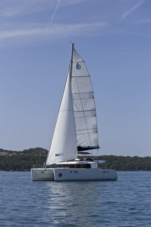 Lagoon Lagoon 450 F between personal and professional Trogir