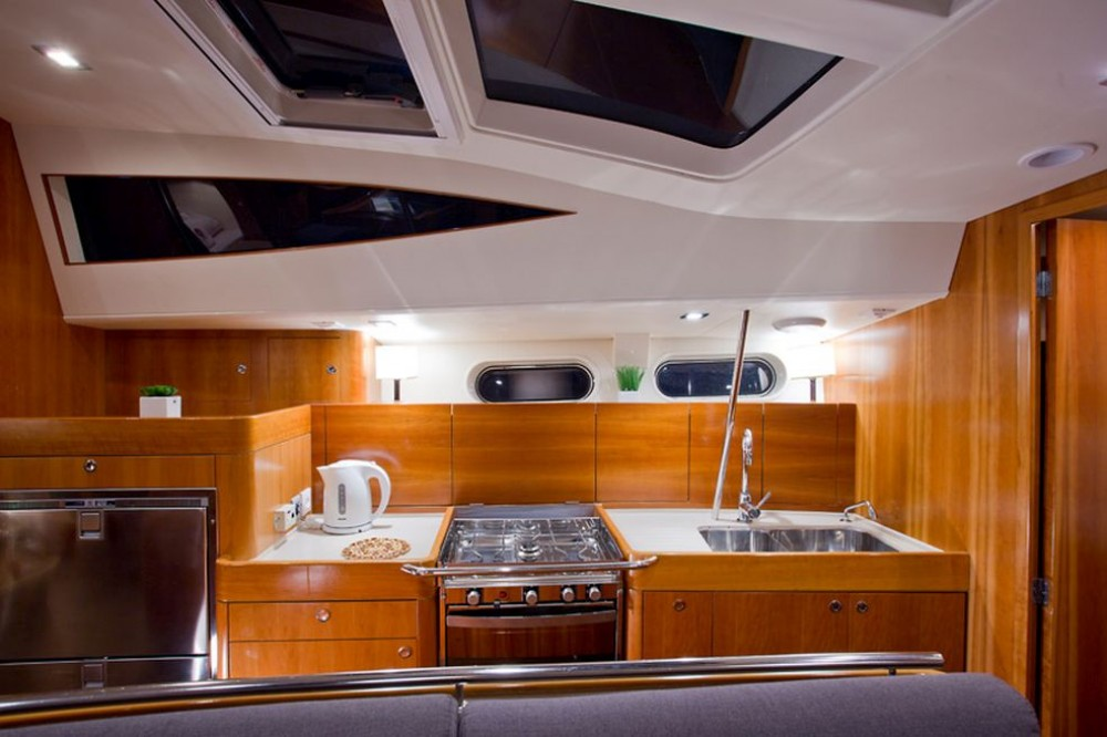Rent a Chantier Allures Yachting Allures 45 O.V. Traù
