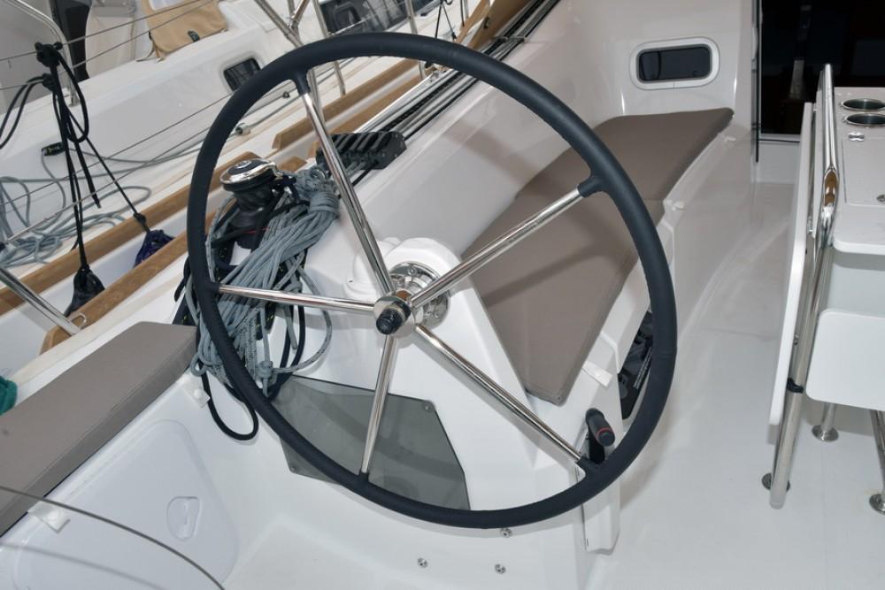 Rental Sailboat in Dubrovnik - Jeanneau Sun Odyssey 349