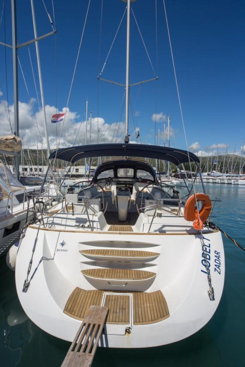 Jeanneau Sun Odyssey 54 DS between personal and professional Traù