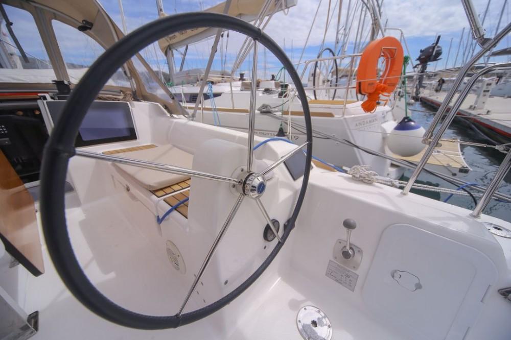 Rental Sailboat in Trogir - Dufour Dufour 310