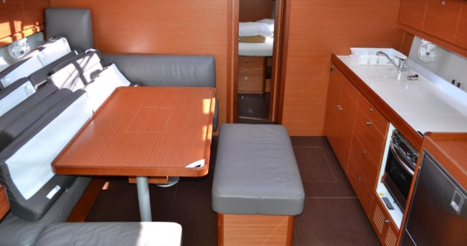 Dufour Dufour 460 Grand Large between personal and professional Seget Donji