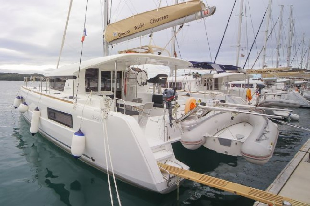 Rental Catamaran in Trogir - Lagoon Lagoon 40