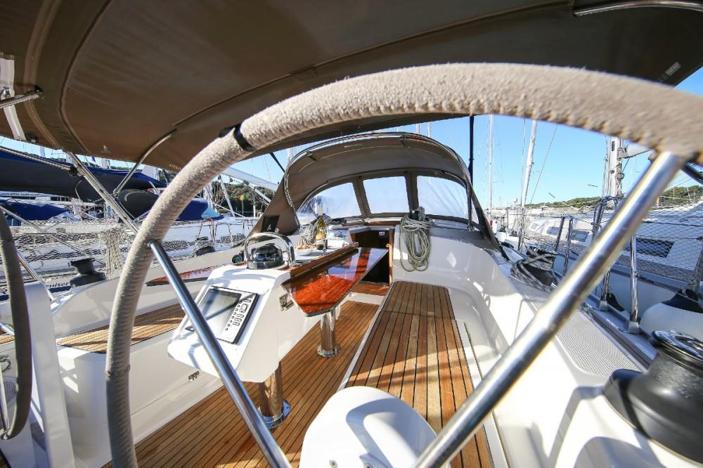Boat rental Bavaria Cruiser 37 in Grad Pula on Samboat