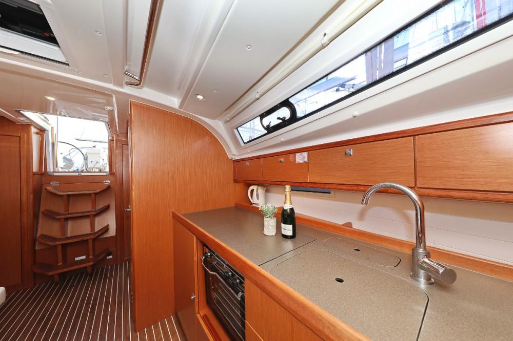 Boat rental Bavaria Cruiser 41 in Croatia on Samboat