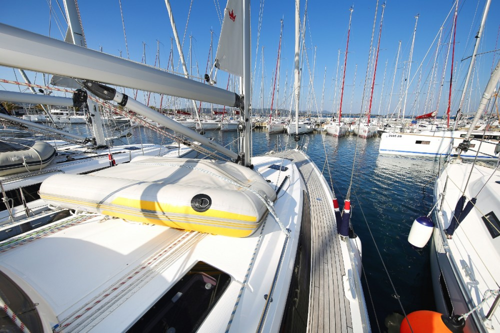 Rental yacht Pula - Bavaria Cruiser 41 on SamBoat