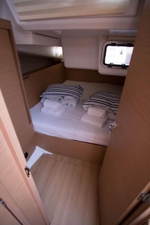 Rental Sailboat in  - Jeanneau Sun Odyssey 440