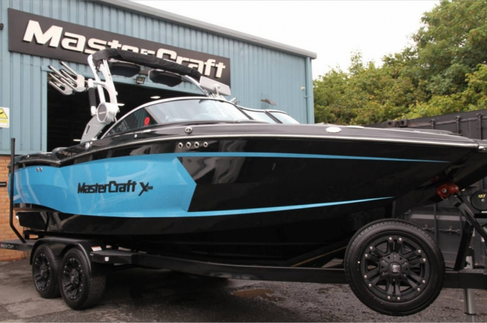 Hire Motorboat with or without skipper Mastercraft Doussard