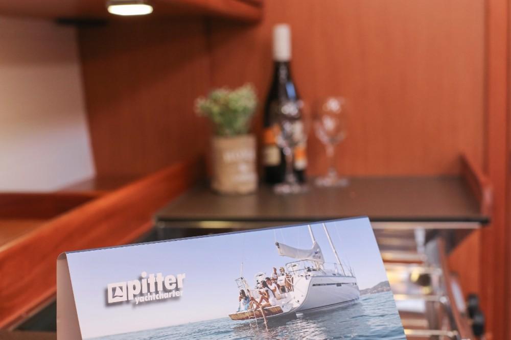 Boat rental Bavaria Cruiser 37 in Lefkada on Samboat