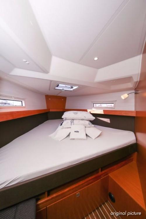 Rental yacht Croatia - Bavaria Cruiser 41 S on SamBoat