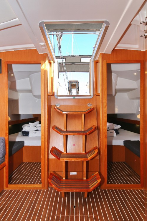 Boat rental Bavaria Cruiser 41 S in Trogir on Samboat