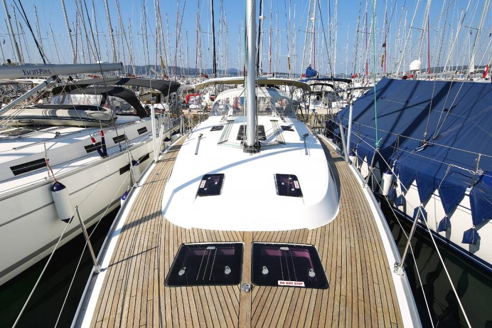 Rental yacht Vólos - Bavaria Cruiser 45 on SamBoat
