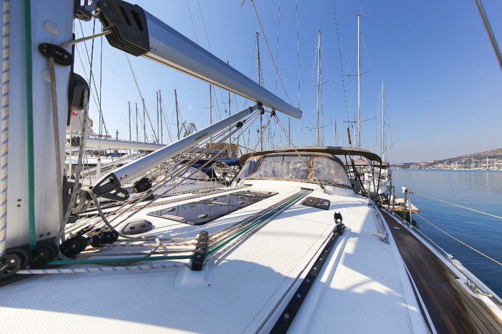 Rental Sailboat in Trogir - Bavaria Cruiser 45