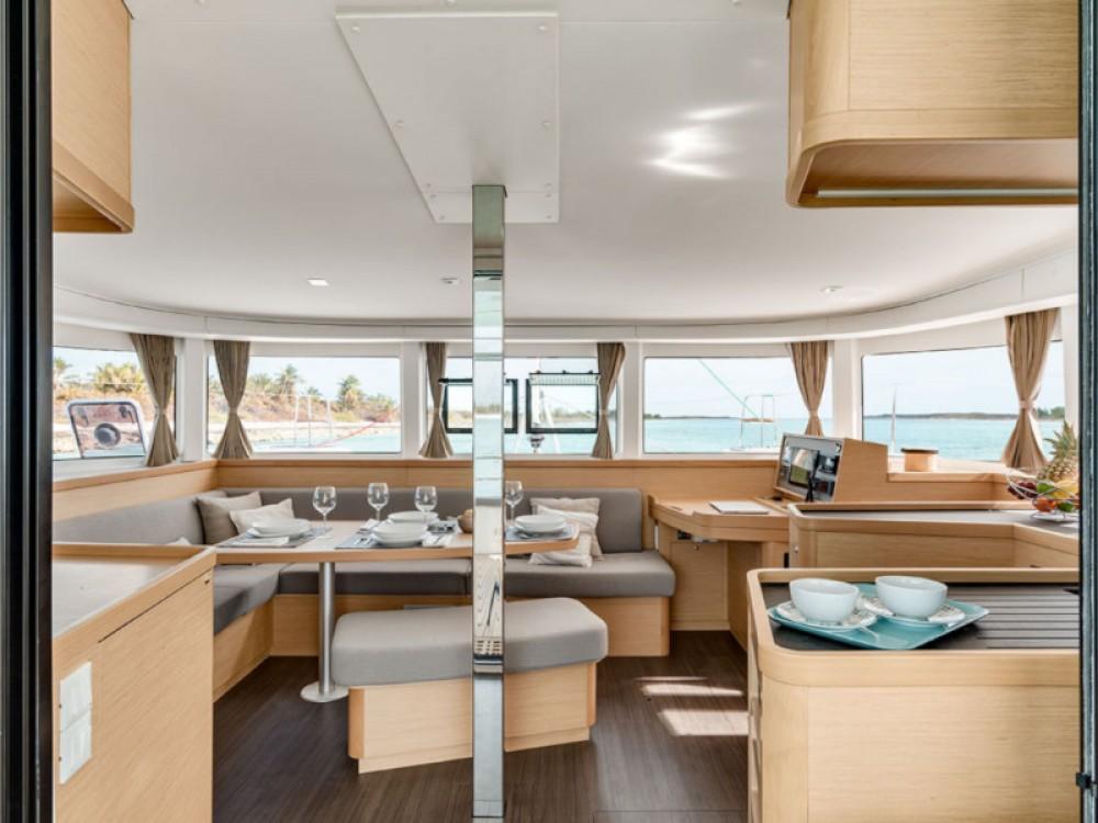 Rental yacht Victoria - Lagoon Lagoon 42 Owner on SamBoat