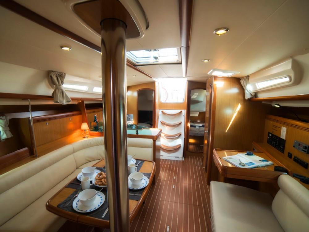 Rental yacht Volos Municipality - Jeanneau Sun Odyssey 42 i on SamBoat