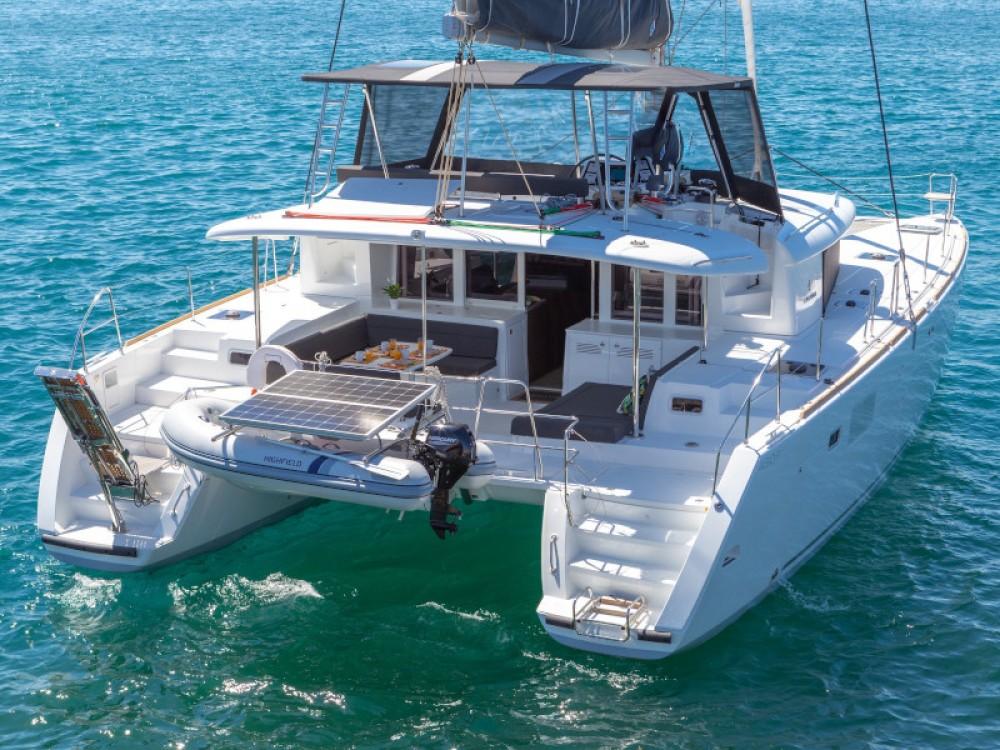 Rent a Lagoon Lagoon 450  Flybridge Préveza