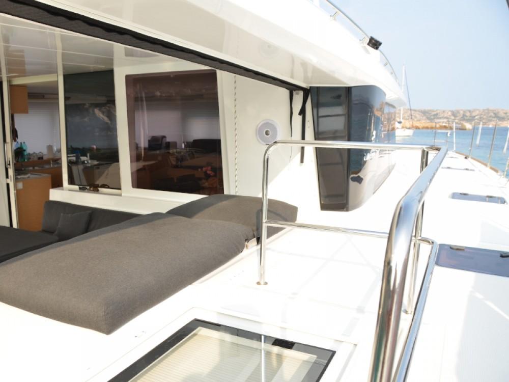 Rental yacht Marina di Portisco - Lagoon Lagoon 560 on SamBoat