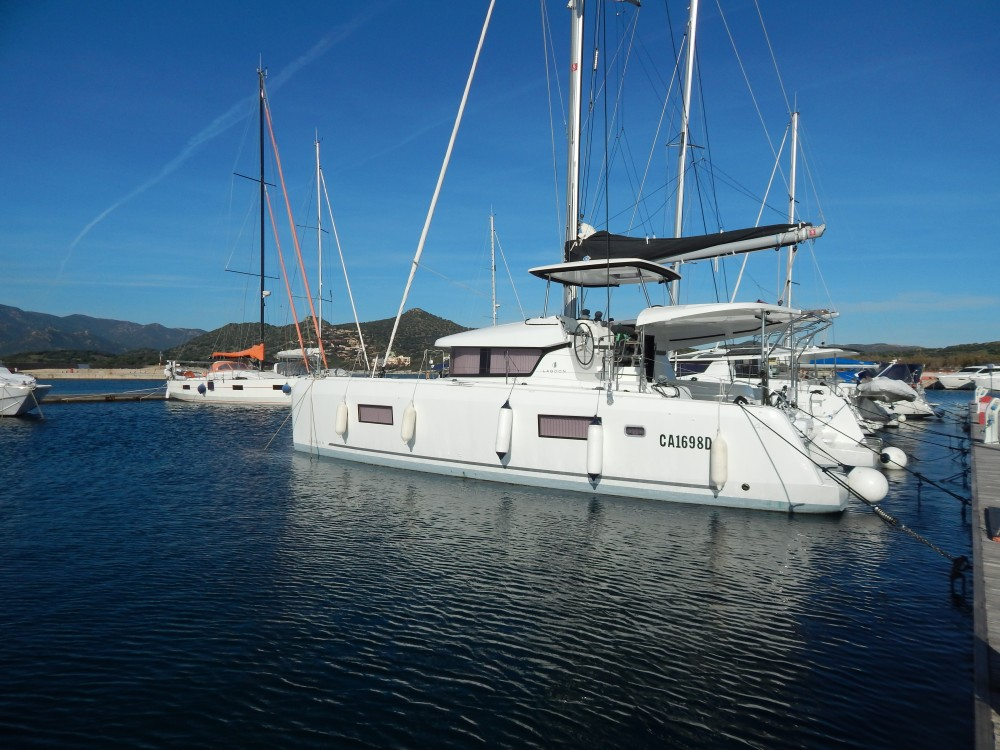 Boat rental Cagliari cheap Lagoon 42