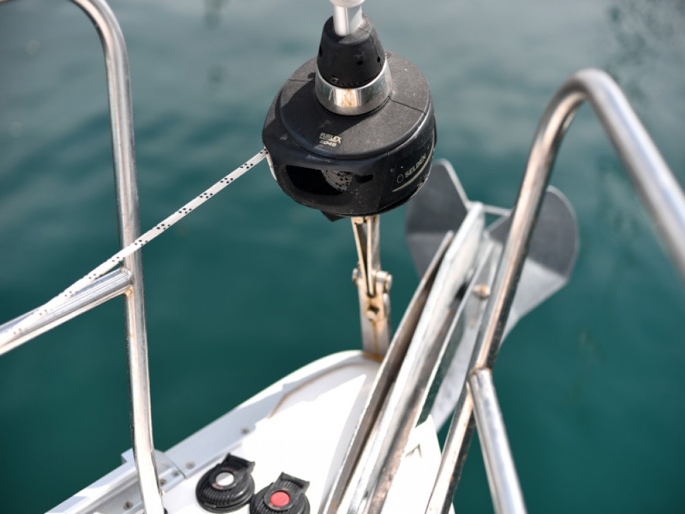 Rent a Bavaria Bavaria Cruiser 37 Zadar