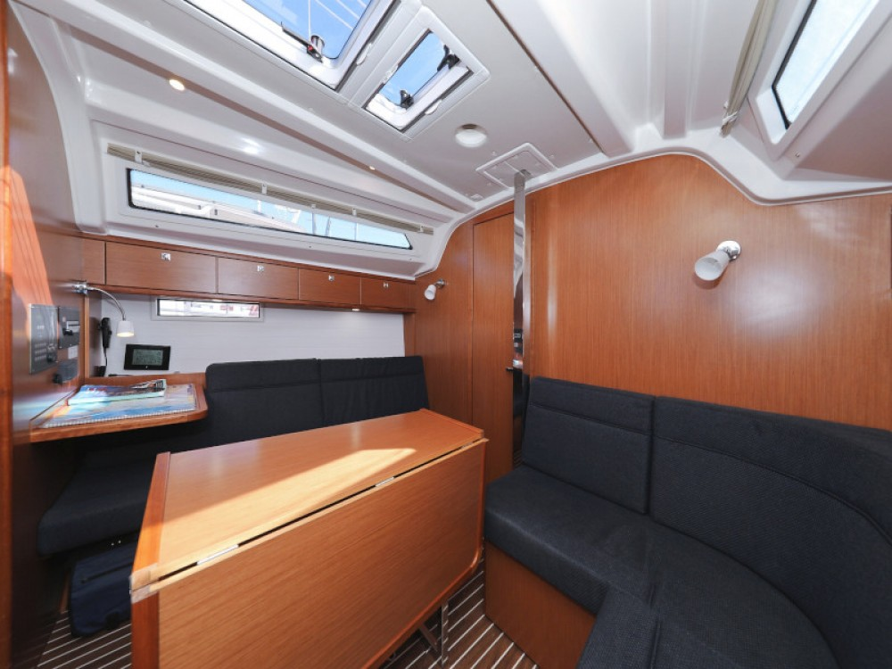 Rent a Bavaria Bavaria Cruiser 37 D-Marin Borik