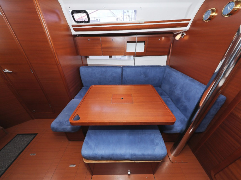 Boat rental Dufour Dufour 380 in Marina Zadar on Samboat