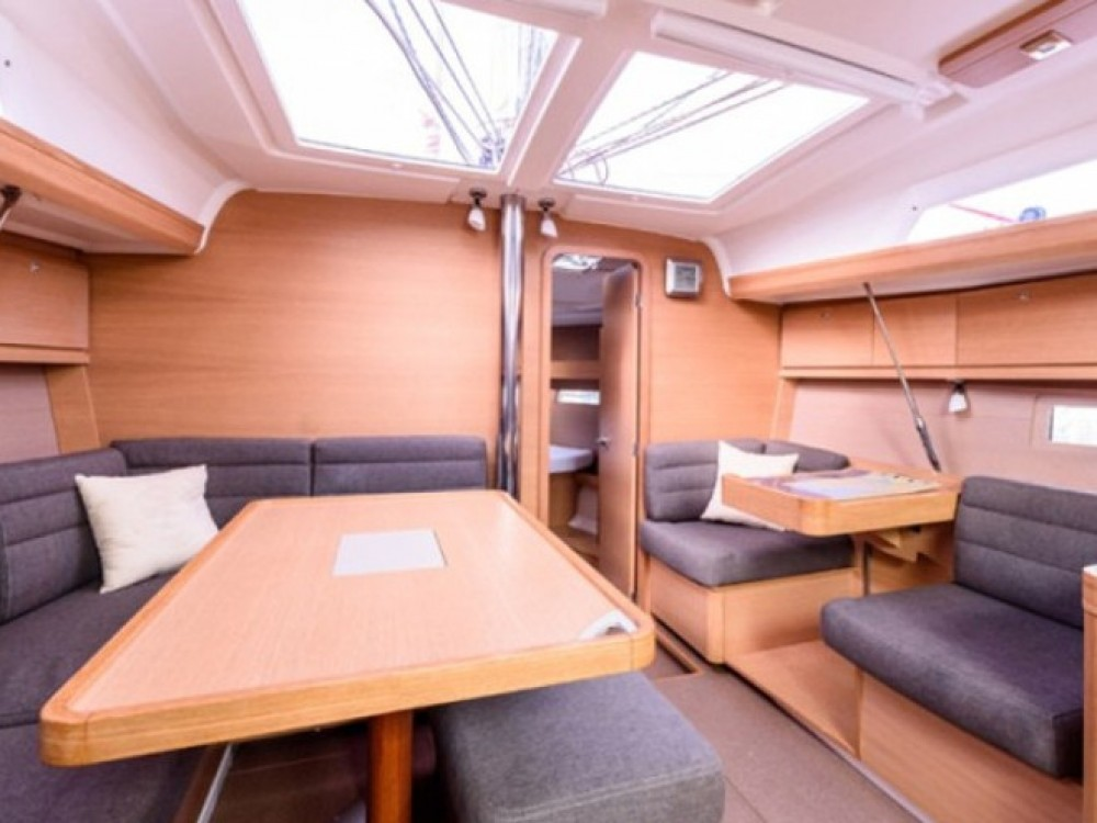 Rent a Dufour Dufour 410 Grand Large 8  Rogoznica