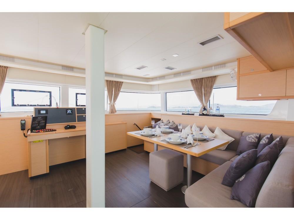 Rental Catamaran in Phuket - Lagoon Lagoon 52F