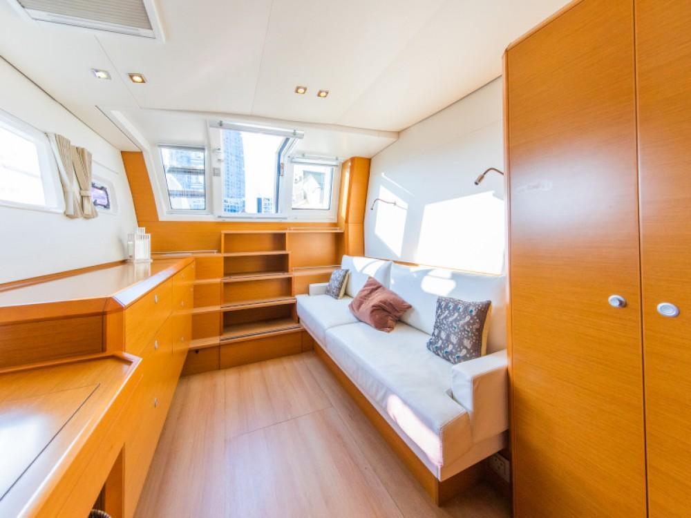 Rental Catamaran in  - Lagoon Lagoon 620